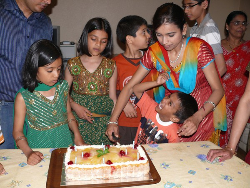 Shivani&Shweta 9th Birthday - 2009